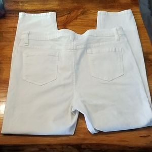 EUC Buffalo White Jeans Aubrey 14x34 5 Pocket